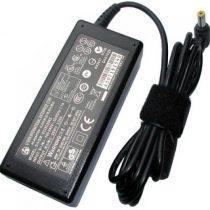 Fujitsu Lifebook 65W AC adapter UH552